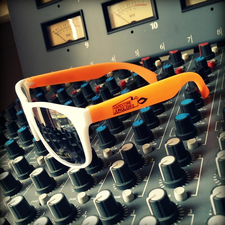HJsunGs003 900x900 - LTD Edition sunglasses in stock now